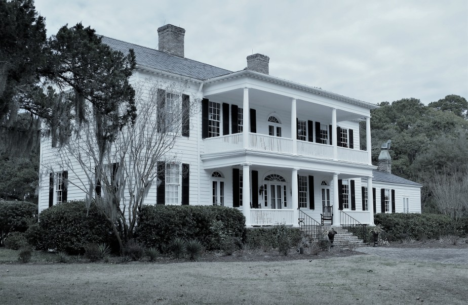 Who is haunting Litchfield Plantation?